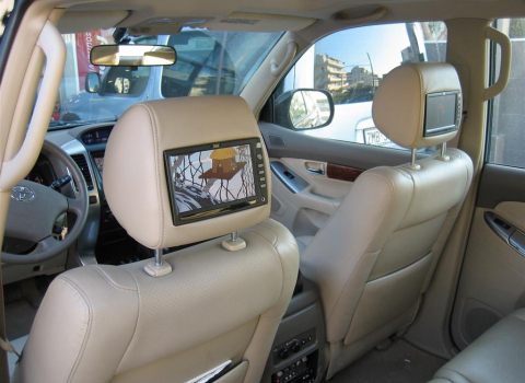 Toyota Land Cruiser. Car Cinema-Navigation Pioneer-Eton-Xenon.