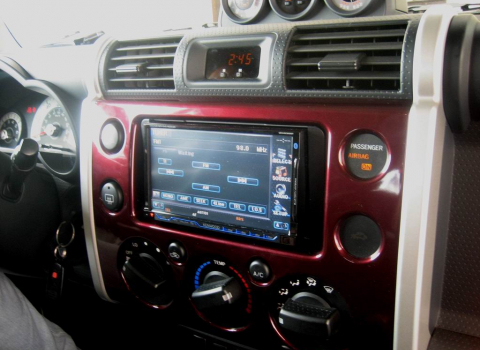 Toyota FJ Cruiser. Car Cinema Kenwood DDX8022BT-Navibox.