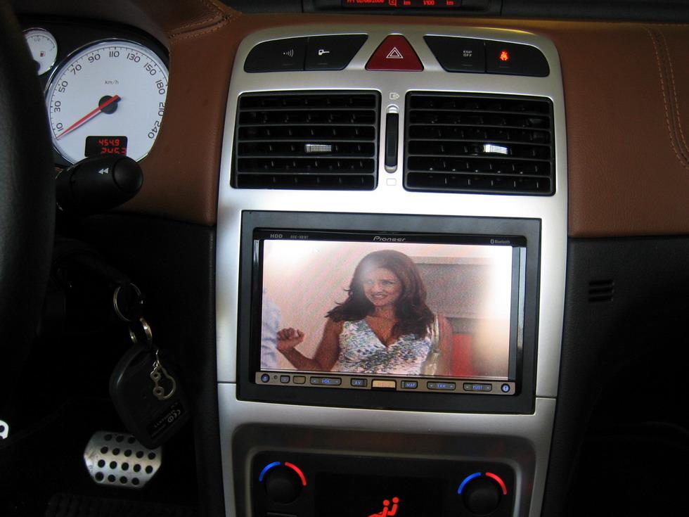peugeot 307 cc car cinema navigation pioneer avic hd1bt. Black Bedroom Furniture Sets. Home Design Ideas
